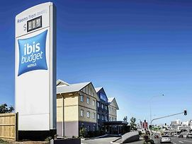 Ibis Budget Windsor Brisbane photos Exterior