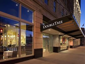 Doubletree Suites By Hilton Detroit Downtown - Fort Shelby photos Exterior