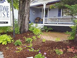 Holidae House Bed & Breakfast photos Exterior