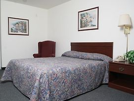 Savannah Suites Chesapeake photos Room