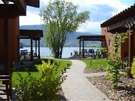 Village On The Lake Osoyoos photos Exterior