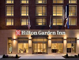 Hilton Garden Inn New York Times Square South photos Exterior
