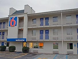 Motel 6 Charleston East Wv photos Exterior