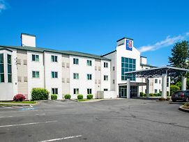Motel 6 Portland North photos Exterior
