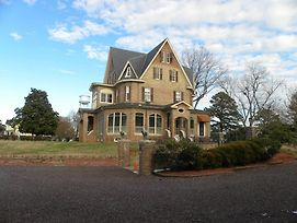 The Gables Victorian Mansion Bed And Breakfast Inn photos Exterior