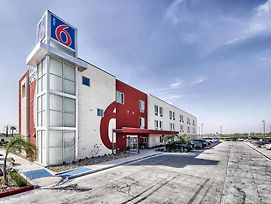Motel 6 Weslaco Tx photos Exterior