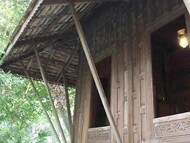 Thai Teak House Garden Homestay photos Exterior