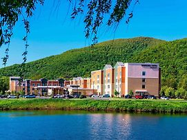 Springhill Suites By Marriott Fishkill photos Exterior