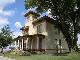 The Pepin Mansion Bed & Breakfast photos Exterior