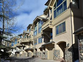 Ski-In Ski-Out Collection By Berkshire Hathaway photos Exterior