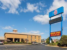 Motel 6 Nashville photos Exterior