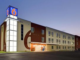 Motel 6 Poplar Bluff Mo photos Exterior