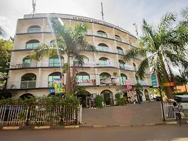 La Grand Chez Johnson Hotel Muyenga photos Exterior