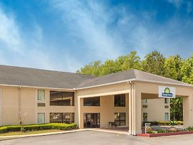Days Inn By Wyndham Vidalia photos Exterior