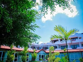 White House Hotel Kosgoda photos Exterior