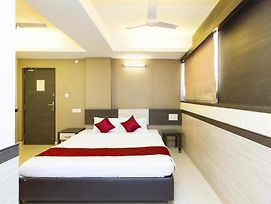 Oyo Rooms Vijayanagar photos Exterior