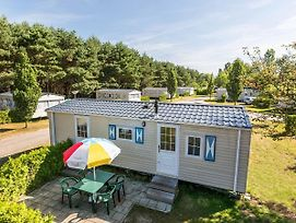 Holiday Home Prinsenmeer.18 photos Exterior