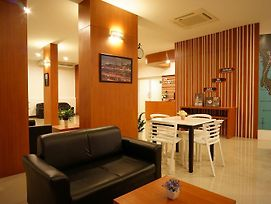 Expressotel By Ploenchit photos Exterior