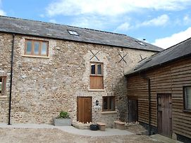 Orchard Barn Woodhayes photos Exterior