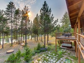 Sunriver Riverfront Retreat photos Exterior
