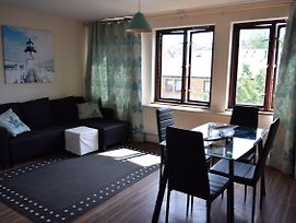 Comfortable 1 Bedroom Apartment In Battersea photos Exterior