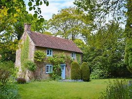 Yew Tree Cottage photos Exterior