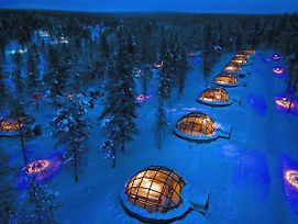 Kakslauttanen Arctic Resort - Igloos And Chalets photos Exterior