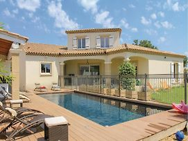 Five Bedroom Holiday Home In Sorgues photos Exterior