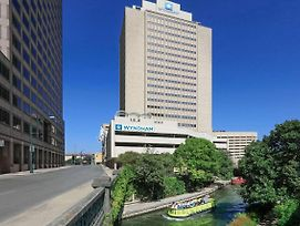 Wyndham San Antonio Riverwalk photos Exterior