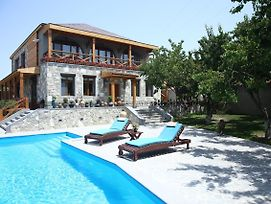 Yerkir Guest House photos Exterior