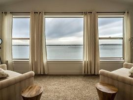 Seagate: Starboard~Coos Bay~Premiere Property photos Exterior