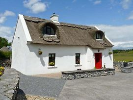 Ballyglass Thatched Cottage photos Exterior