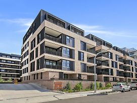 Brand New Modern Apartment In Leichhardt Close To Cbd photos Exterior