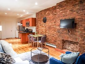 3 Bedrooms 1 Bathroom By Times Square photos Exterior