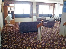 Motel 6 Quad City Airport - Moline, Il photos Interior