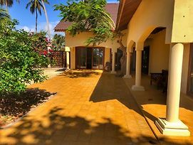 White Sands Villa photos Exterior