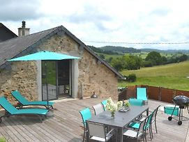 Beautiful Holiday Home In Chissey En Morvan Near Forest photos Exterior