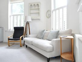 2 Bedroom Apartment With Terrace In Clapham photos Exterior