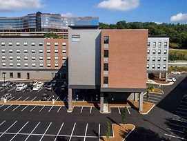 Fairfield Inn & Suites By Marriott Boston Waltham photos Exterior
