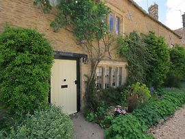 Cleeveley Cottage Burford photos Exterior