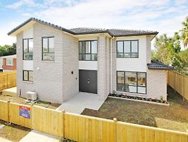 Brand New Townhouse 7 Mins To Airport photos Exterior