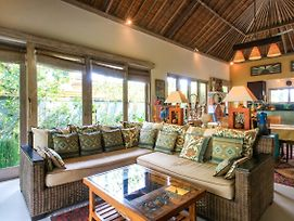 Artful 3Bed 3Bath Villa And Bungalow In The Rice Fields Best Breakfast In Bali photos Exterior