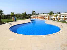 Apartment With One Bedroom In Albufeira With Pool Access Furnished Garden And Wifi photos Exterior