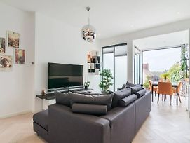 Beautiful Modern 2 Bedroom Flat In Putney photos Exterior