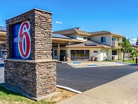 Motel 6 Anderson Redding Airport photos Exterior
