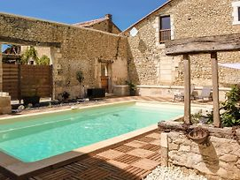 Charming Holiday Home In Aquitaine With Swimmming Pool photos Exterior