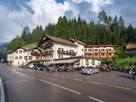 Gasthof Lowen photos Exterior