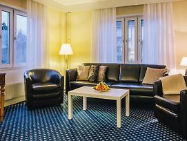 Quality Hotel Vasteras photos Exterior