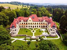 Rubezahl-Marienbad Luxury Historical Castle Hotel & Golf-Castle Hotel Collection photos Exterior