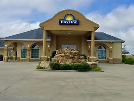 Days Inn By Wyndham Robstown photos Exterior